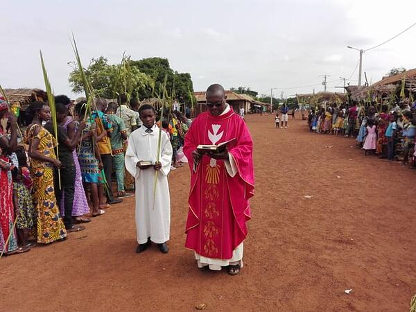 Father ObidiPalmSunday