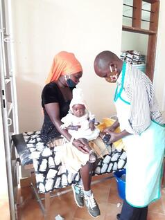 Uganda_HelpProvideMedicalCareForChildren